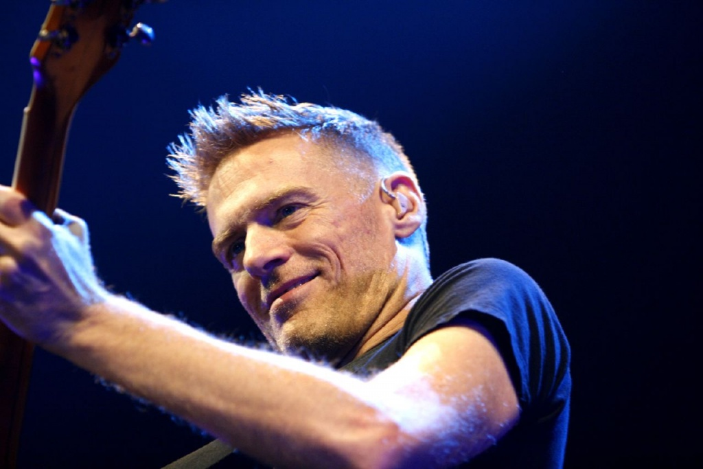 Bryan_Adams_Hamburg_MG_0631_flickr.jpg